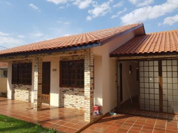 Alugar Casa / Padrão em Toledo. apenas R$ 1.400,00