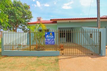 Casa / Condomínio em Toledo Alugar por R$730,00