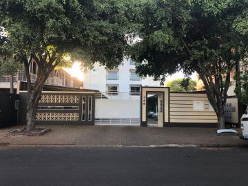 Apartamento / Padrão em Toledo , Comprar por R$270.000,00