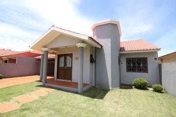 Casa / Padrão em Toledo , Comprar por R$812.000,00