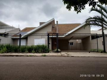 Casa / Padrão em Toledo , Comprar por R$750.000,00