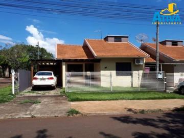 Alugar Casa / Padrão em Toledo. apenas R$ 850,00