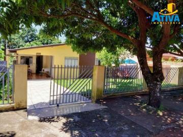 Alugar Casa / Padrão em Toledo. apenas R$ 328.000,00