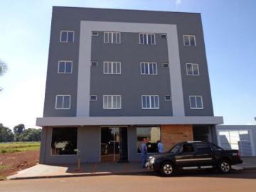 Apartamento / Padrão em Toledo Alugar por R$715,00