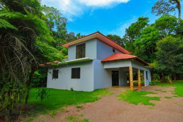 Toledo Jardim Coopagro Casa Locacao R$ 3.500,00 3 Dormitorios 2 Vagas Area do terreno 3000.00m2 Area construida 140.00m2