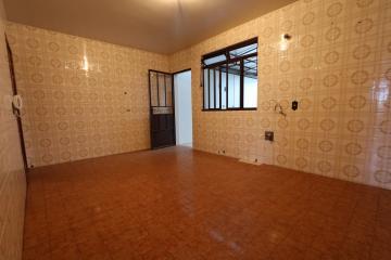 Alugar Apartamento / Padrão em Toledo R$ 750,00 - Foto 8