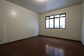 Alugar Apartamento / Padrão em Toledo R$ 750,00 - Foto 19