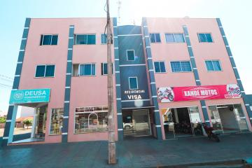 Alugar Apartamento / Padrão em Toledo R$ 750,00 - Foto 2