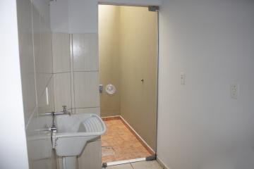 Alugar Apartamento / Padrão em Toledo R$ 680,00 - Foto 14
