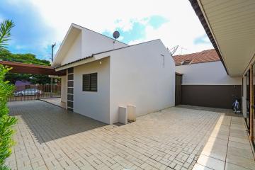 Alugar Casa / Padrão em Toledo R$ 2.300,00 - Foto 3