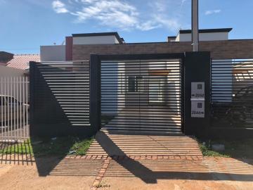 Alugar Casa / Padrão em Toledo. apenas R$ 185.000,00