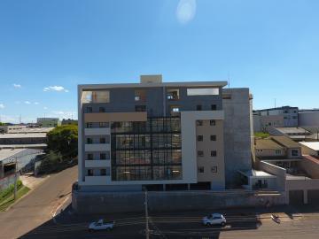 Alugar Apartamento / Padrão em Cascavel. apenas R$ 721.000,00