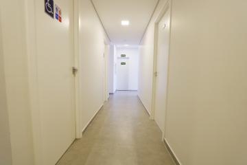 Alugar Comercial / Sala em Condomínio em Toledo R$ 2.500,00 - Foto 13