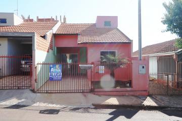 Casa / Padrão em Toledo Alugar por R$680,00