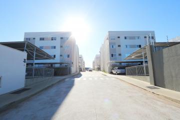 Apartamento / Padrão em Toledo , Comprar por R$145.000,00