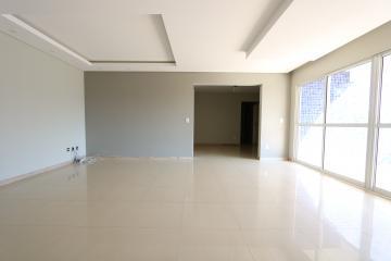 Alugar Apartamento / Padrão em Toledo R$ 1.950,00 - Foto 13