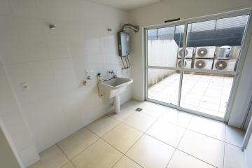 Alugar Apartamento / Padrão em Toledo R$ 1.950,00 - Foto 16