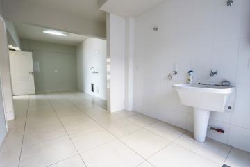 Alugar Apartamento / Padrão em Toledo R$ 1.950,00 - Foto 18