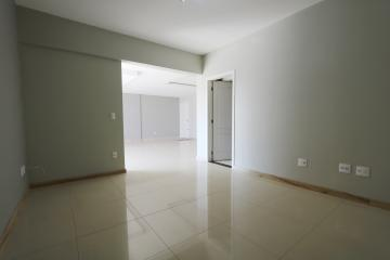 Alugar Apartamento / Padrão em Toledo R$ 1.950,00 - Foto 22