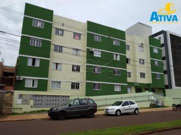 Alugar Apartamento / Padrão em Toledo. apenas R$ 750,00