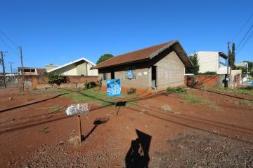 Casa / Padrão em Toledo , Comprar por R$380.000,00