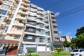 Apartamento / Padrão em Toledo , Comprar por R$390.000,00
