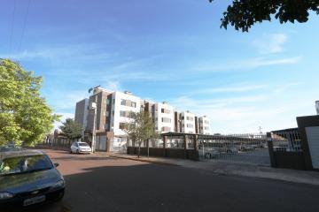 Apartamento / Padrão em Toledo , Comprar por R$140.000,00