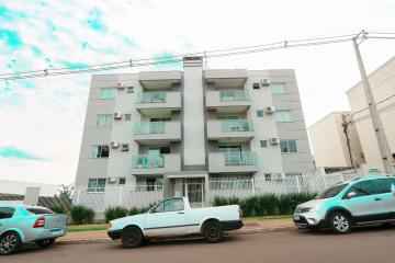 Apartamento / Padrão em Toledo , Comprar por R$395.000,00