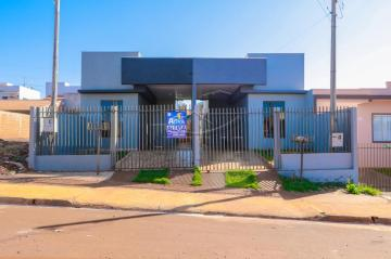 Casa / Padrão em Toledo Alugar por R$730,00