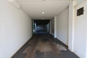 Alugar Apartamento / Padrão em Toledo R$ 990,00 - Foto 5