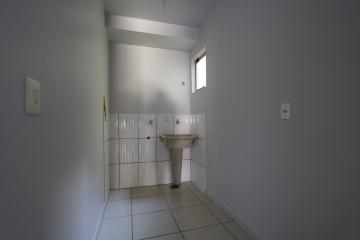 Alugar Apartamento / Padrão em Toledo R$ 990,00 - Foto 17
