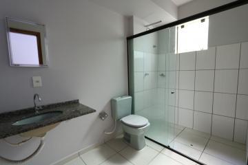 Alugar Apartamento / Padrão em Toledo R$ 990,00 - Foto 22