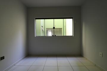 Alugar Apartamento / Padrão em Toledo R$ 990,00 - Foto 25