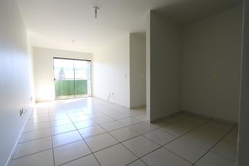Alugar Apartamento / Padrão em Toledo R$ 990,00 - Foto 26