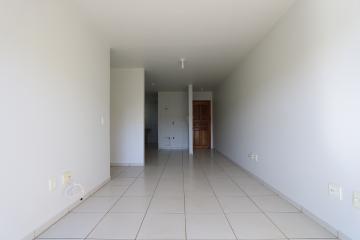 Alugar Apartamento / Padrão em Toledo R$ 990,00 - Foto 27