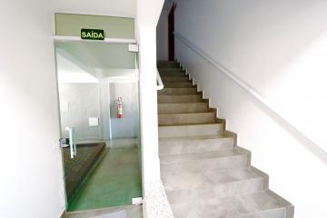 Alugar Apartamento / Padrão em Toledo R$ 1.200,00 - Foto 4
