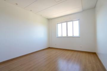 Alugar Apartamento / Padrão em Toledo R$ 1.200,00 - Foto 18