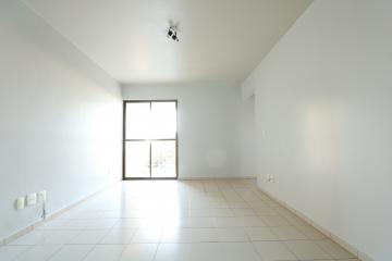 Alugar Apartamento / Padrão em Toledo R$ 1.000,00 - Foto 7