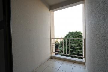 Alugar Apartamento / Padrão em Toledo R$ 1.000,00 - Foto 13