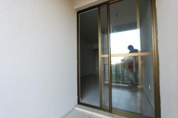 Alugar Apartamento / Padrão em Toledo R$ 1.000,00 - Foto 14
