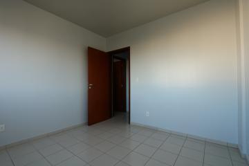 Alugar Apartamento / Padrão em Toledo R$ 1.000,00 - Foto 19