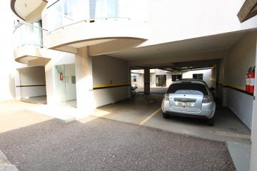 Alugar Apartamento / Padrão em Toledo R$ 950,00 - Foto 5