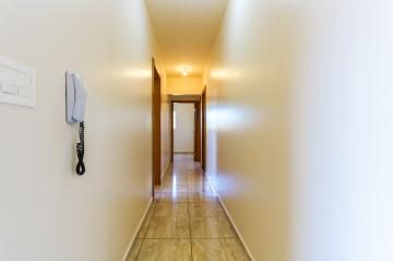 Alugar Apartamento / Padrão em Toledo R$ 1.050,00 - Foto 18