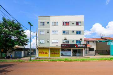 Apartamento / Padrão em Toledo , Comprar por R$220.000,00
