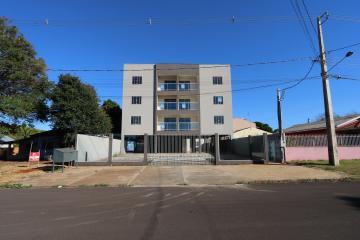 Alugar Apartamento / Padrão em Toledo. apenas R$ 1.100,00