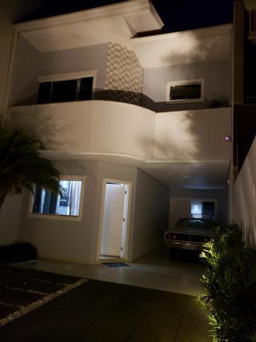 Comprar Casa / Sobrado em Cascavel R$ 690.000,00 - Foto 2