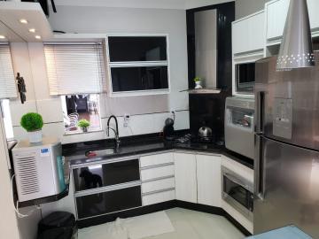Comprar Casa / Sobrado em Cascavel R$ 690.000,00 - Foto 17
