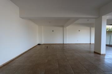 Alugar Apartamento / Padrão em Toledo R$ 1.100,00 - Foto 4