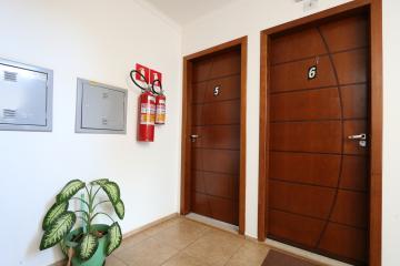 Alugar Apartamento / Padrão em Toledo R$ 1.100,00 - Foto 6