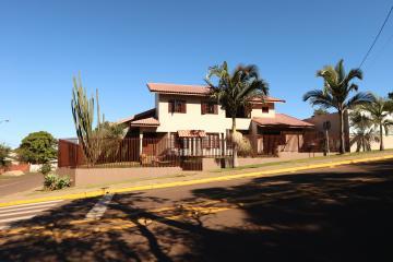 Comprar Casa / Sobrado em Toledo R$ 1.850.000,00 - Foto 1